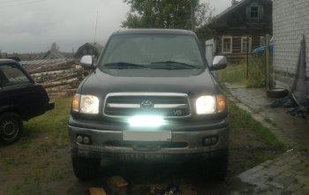 установка светодилодной фары на бампер Тойота Секвоя