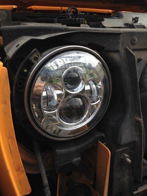 светодиодные LED фары LOYO, передние, тюнинг для Jeep Wrangler/Rubicon, Нива 21213-21214-2121-Урбан, УАЗ Хантер, УАЗ Буханка, Land Rover Defender