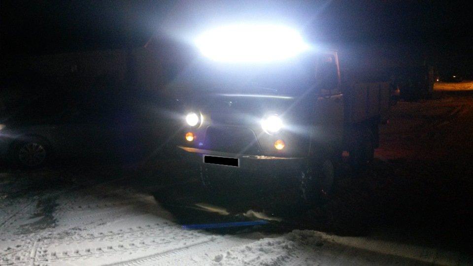 светодиодная люстра на крышу УАЗ