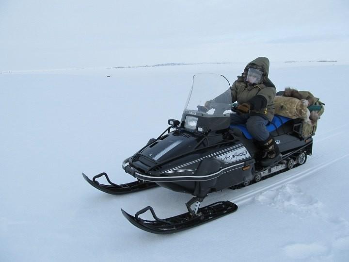 Дополнительные светодиодные фары для снегохода