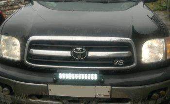 LED балка на бампере Toyota Sequoia