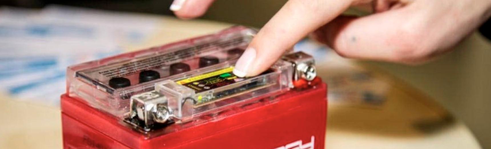 Варианты зарядных для мото аккумуляторов